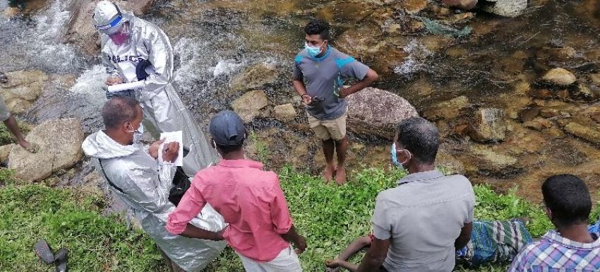 கந்தலோயா ஆற்றில் ஆணின் சடலம்  மீட்பு: பொலிஸார் தகவல்